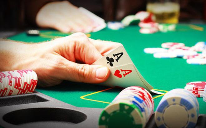 Khổ vì vợ cờ bạc tối ngày 'nuôi' số đề