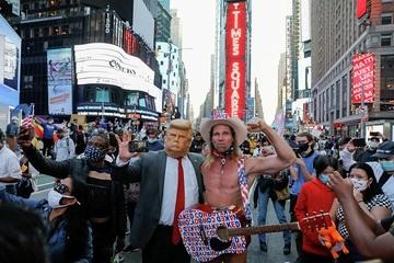 Twitter đánh dấu 300.000 bài đăng gây tranh cãi về bầu cử Mỹ