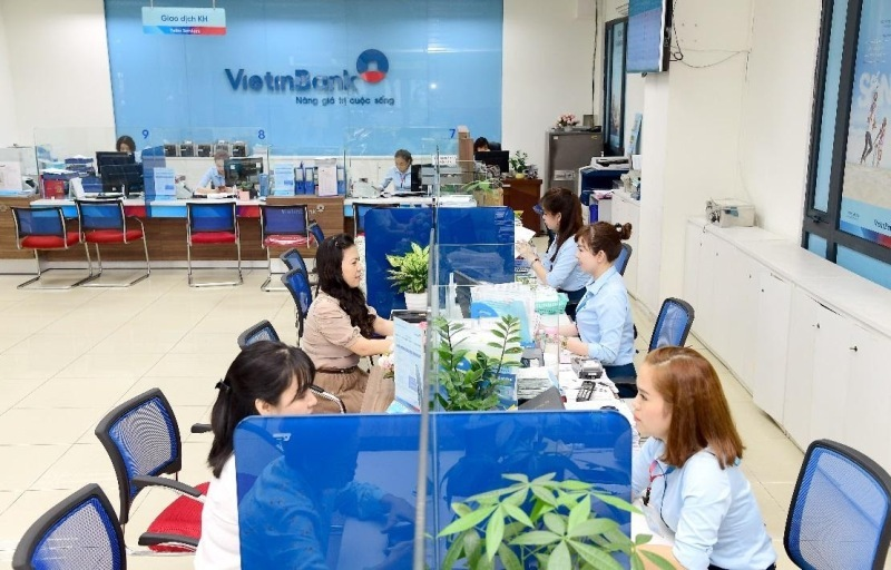 """VietinBank đồng hành với doanh nghiệp và người dân thực hiện """"mục tiêu kép"""" của Chính phủ"""