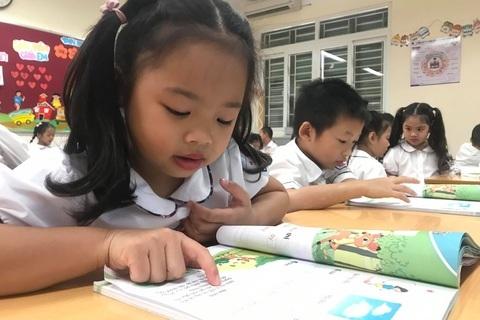 Bộ GD&ĐT bất ngờ 'đổi ý' đề nghị giữ nguyên mức học phí hiện hành cho năm học tới