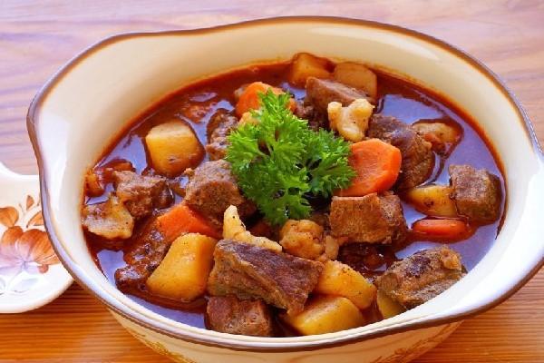 Cách nấu bò kho miền Bắ