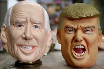 Mặt nạ hình ông Trump 'ế khách' ở Nhật Bản