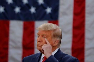 Ông Trump tính tấn công cơ sở hạt nhân Iran?