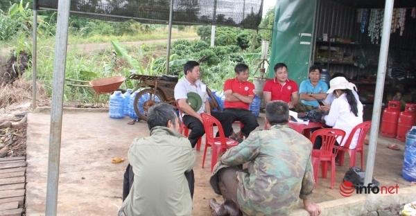 Đắk Nông: Đường điện chạy về làng, vẫn tù mù đèn dầu vì không đấu nối
