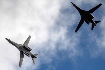 Oanh tạc cơ Mỹ bay vào 'vùng cấm bay' của TQ trên biển Hoa Đông