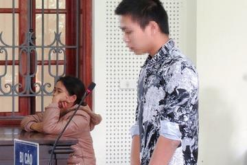 Hại chết cháu bé 5 tuổi trong rừng, nam sinh khóc lóc nhận bản án 15 năm tù