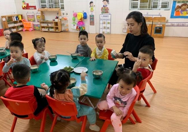 Làm sao để bữa ăn học đường bảo đảm dinh dưỡng cho học sinh?