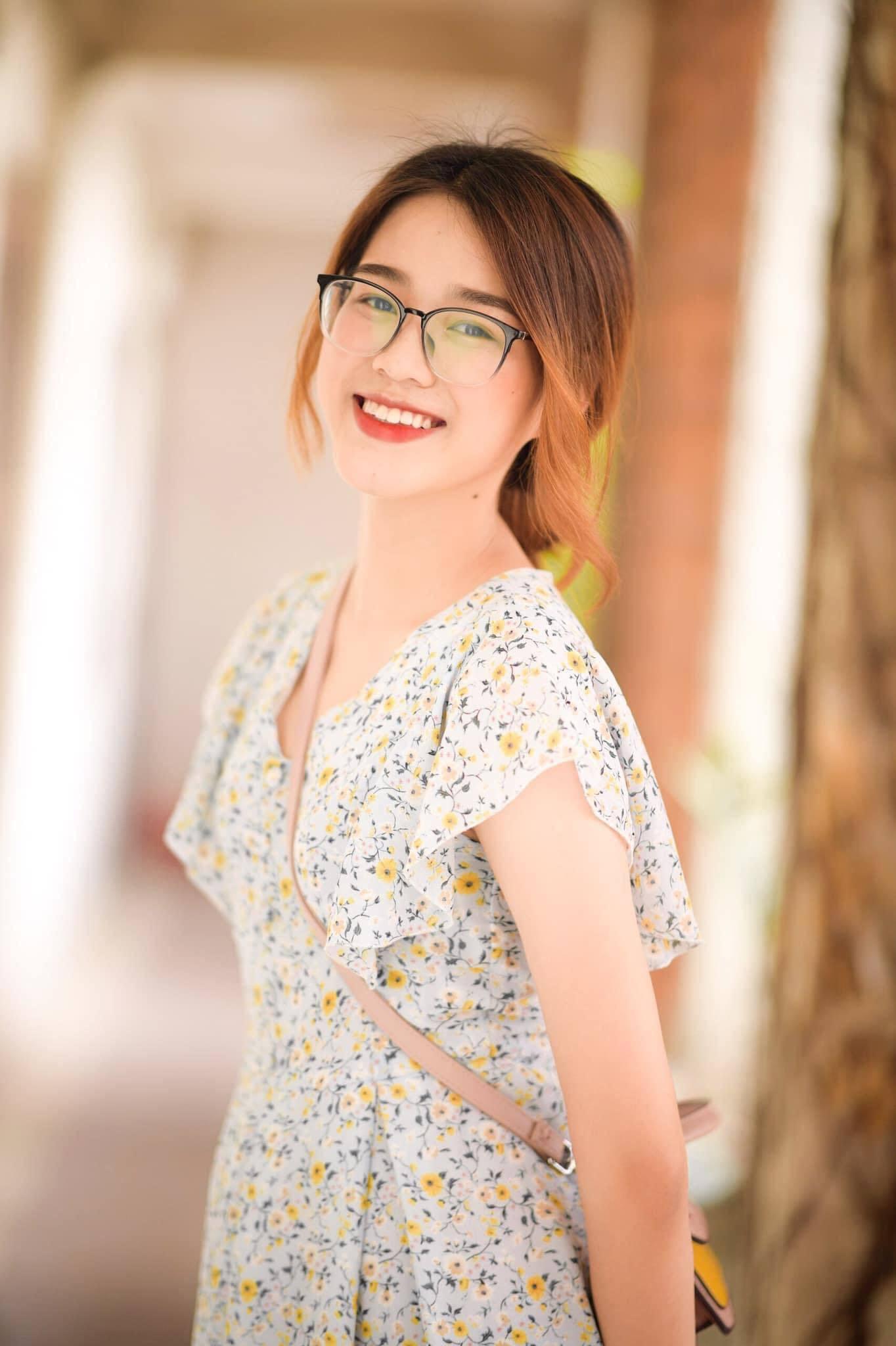 Đỗ Thị Hà Hoa hậu Việt Nam 2020 mặt mộc