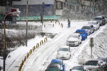 Nga: Hậu quả kinh hoàng của trận mưa băng ở Vladivostok