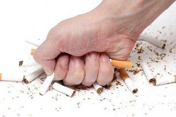 Cai thuốc lá để dự phòng viêm phổi ở người lớn