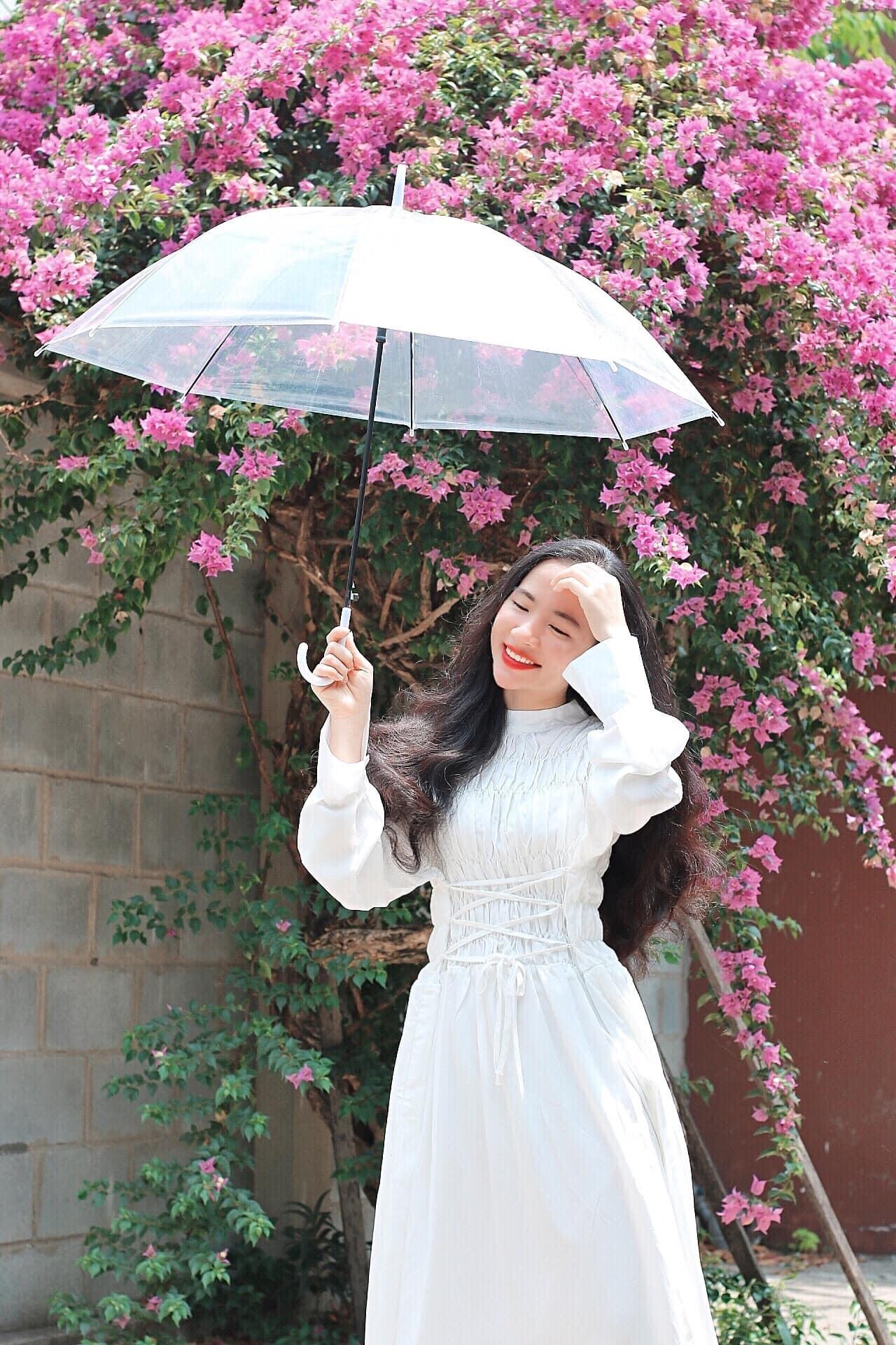 Nữ giảng viên đẹp như idol Hàn Quốc, nhiều người nhầm tưởng sinh viên