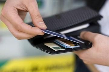 Những đối tượng nào sẽ phải cung cấp thông tin tài khoản ngân hàng cho cơ quan thuế?