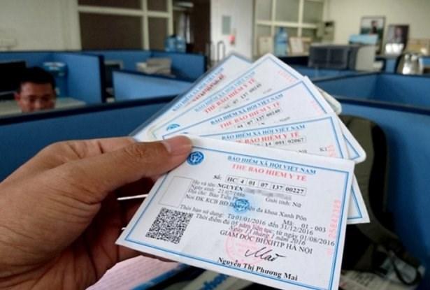Cấp thẻ bảo hiểm y tế (BHYT) mễn phí cho người dân vùng ảnh hưởng bởi bãi rác Nam Sơn