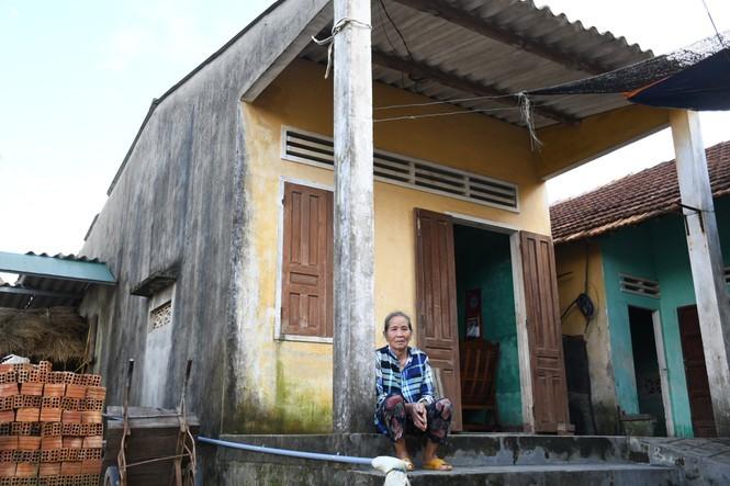 Gia cảnh éo le của hai nạn nhân bị chủ quán bánh xèo hành hạ dã man ở Bắc Ninh