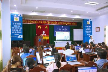Quảng Ngãi tập huấn triển khai phát hành biên lai điện tử và thanh toán trực tuyến