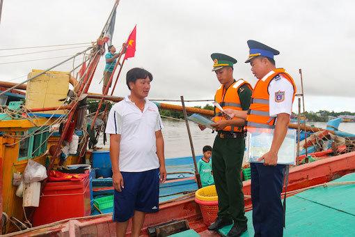 """Hiệu quả từ chương trình """"Cảnh sát biển đồng hành với ngư dân"""""""