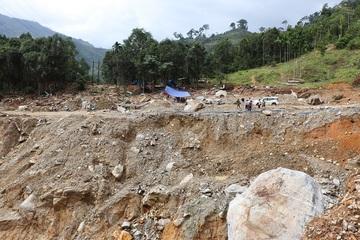 Hiện trường tìm kiếm 13 nạn nhân mất tích ở Trà Leng