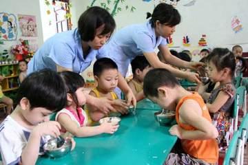 Thành phố Thái Bình siết chặt an toàn thực phẩm trường mầm non