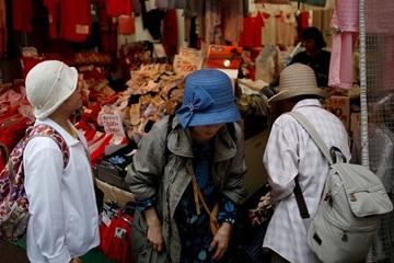 Vì sao tỉ lệ người cao tuổi phạm tội gia tăng ở Nhật Bản?