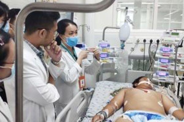Bé 14 tuổi nguy kịch vì vết xước: Cảnh báo bệnh từ vi khuẩn nguy hiểm