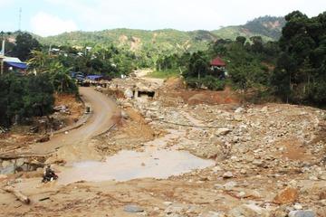Quảng Nam mưa lớn, tạm dừng tìm kiếm nạn nhân mất tích ở Phước Sơn và Nam Trà My