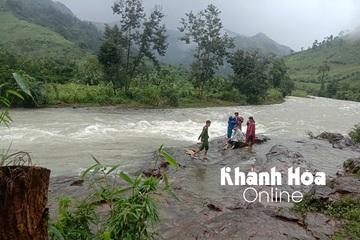 Tăng cường tuyên truyền, bảo đảm an toàn cho khách du lịch trong mùa mưa lũ