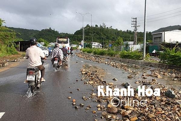 mưa lớn,ngập,Khánh Hòa,thiệt hại,chết người,lũ cuốn,mất tích,thiên tai,phòng chống thiên tai,lụt