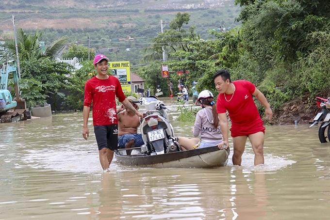 ngập,Nha Trang,Khánh Hòa,lũ cuốn,điện giật,đường nguyễn hữu cảnh lại ngập nặng sau mưa lớn,d