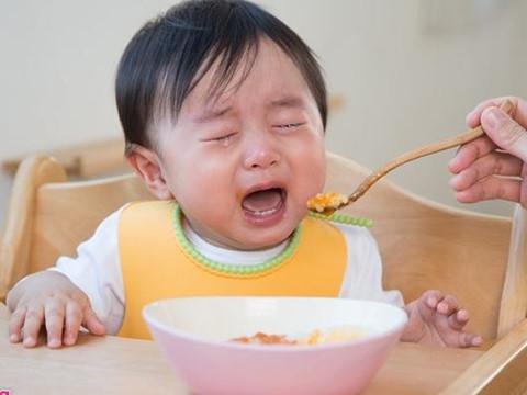 Nguyên nhân trẻ biếng ăn