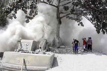 Hậu quả kinh hoàng của vụ phun trào núi lửa ở Indonesia