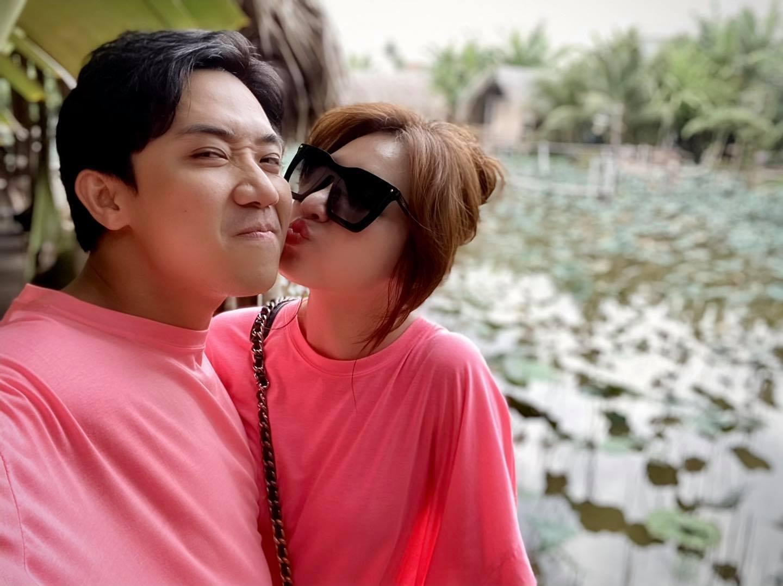4 năm về chung nhà Trấn Thành và Hari Won vẫn không hề 'thiếu muối'