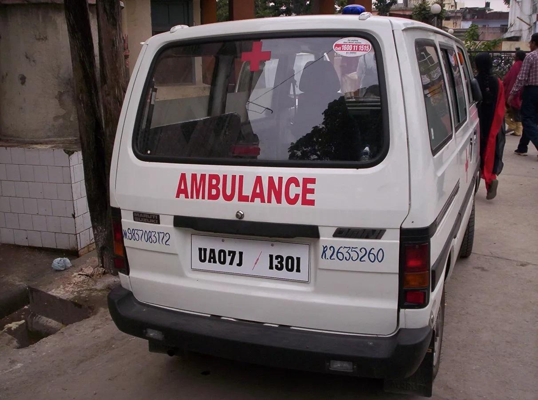 Hơn 350 người ở một thành phố tại Ấn Độ nhập viện do 'bệnh lạ'