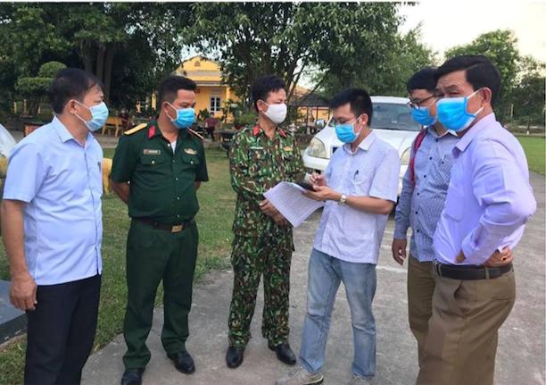 Bác sĩ điển trai từng ăn, ngủ ở tất cả các ổ dịch Covid-19 tại Việt Nam