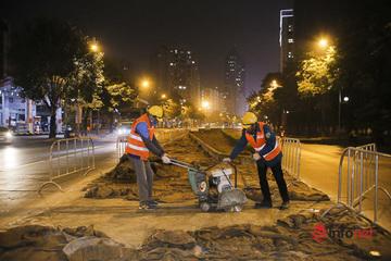 Hà Nội: Công nhân xuyên đêm thi công hầm đường bộ nút giao Lê Văn Lương
