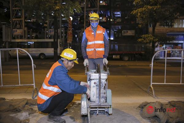thi công hầm đường bộ nút giao Lê Văn Lương - Khuấ,công nhân làm đêm,thi công hầm,giao thông Hà Nội,xén dải phân cách,ùn tắc