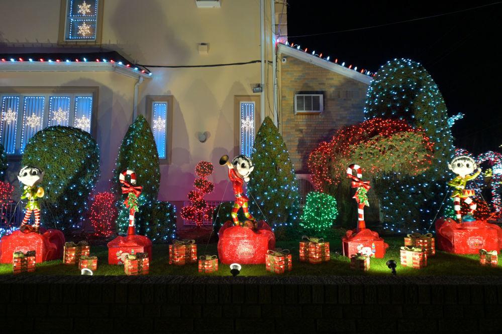 Không khí Giáng sinh và Năm mới từ khắp nơi trên thế giới