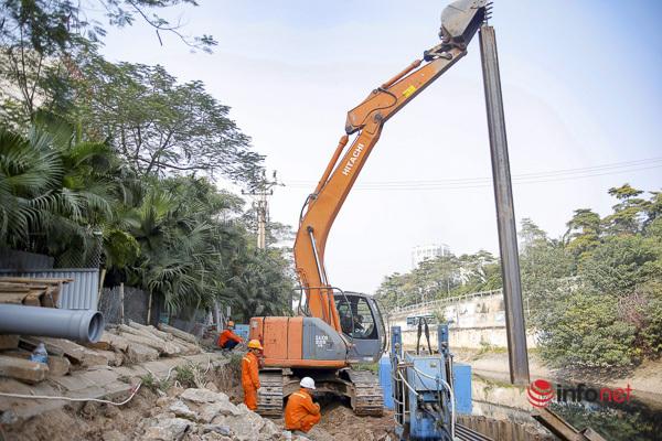 Mục sở thị hệ thống cống ngầm trên sông Tô Lịch để 'tách' nước thải