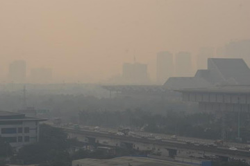 Ô nhiễm không khí mức rất nguy hiểm khắp miền Bắc, miền Trung