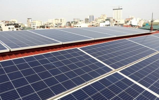 Nhiều lợi ích, chính sách khi đầu tư vào điện mặt trời áp mái