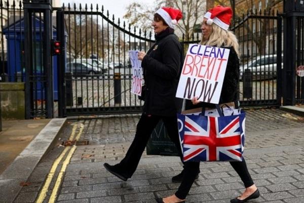 EU và Anh chuẩn bị cho 'Brexit hỗn loạn'