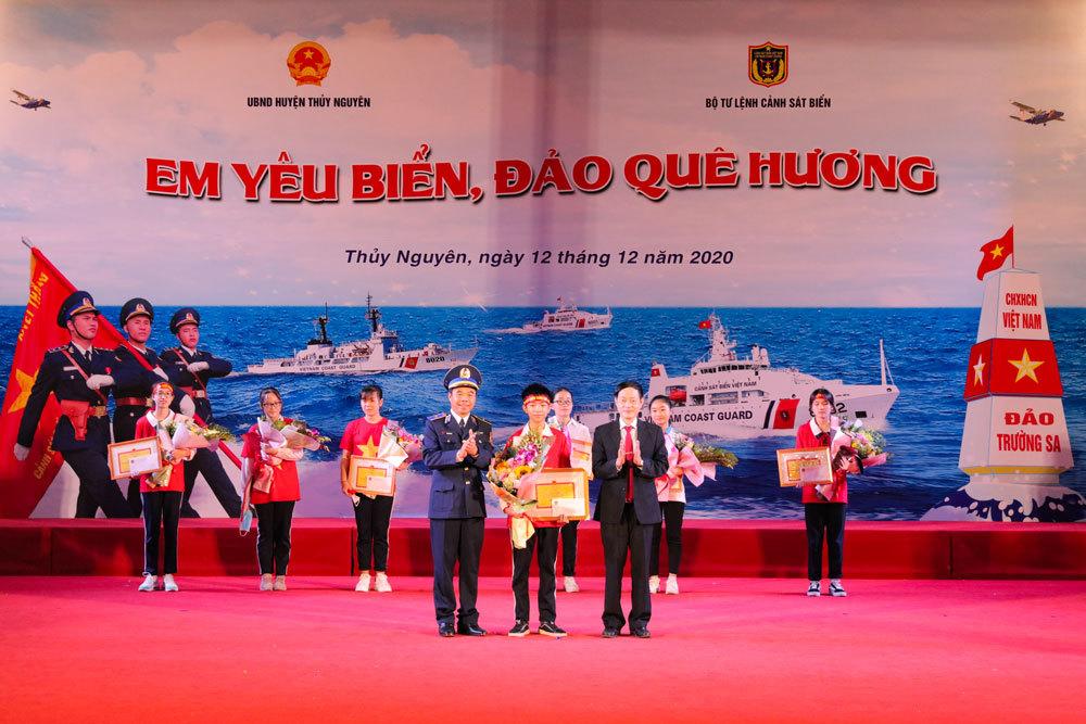 Hải Phòng: Nâng cao hiểu biết về biển, đảo cho thế hệ trẻ