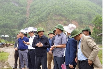 Kiểm tra công tác khắc phục hậu quả mưa lũ, sạt lở đất tại Quảng Nam
