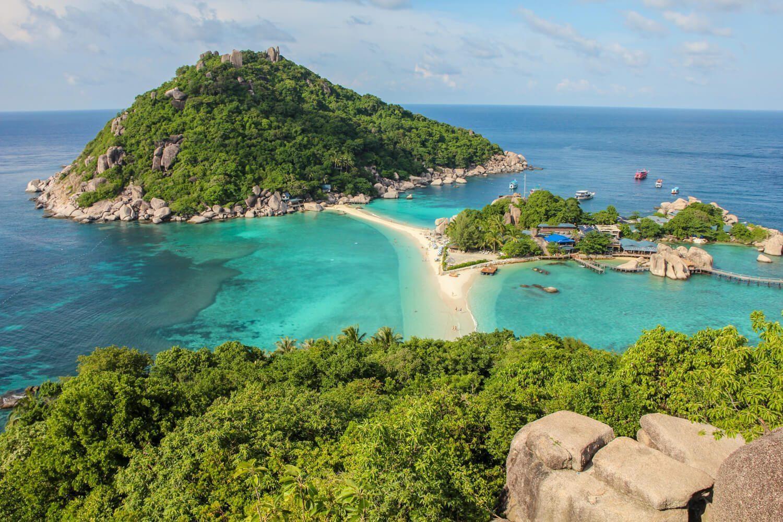 5 hòn đảo khác lạ có thể đi bộ đến thăm quan từ đất liền