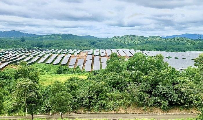 Chính thức nghiệm thu và đưa vào sử dụng Nhà máy Điện mặt trời Sê San 4