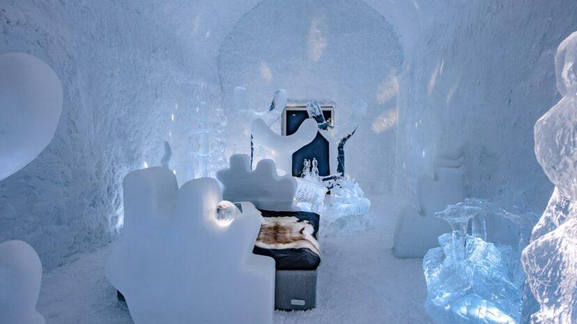 Lạnh tê tái với trải nghiệm trong khách sạn băng giá độc lạ ở Thụy Điển
