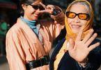 """Bà nội U90 cùng cháu gái chụp bộ ảnh thời trang """"chất lừ"""""""