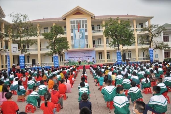 Điện lực Hà Tĩnh tuyên truyền tiết kiệm điện trong nhà trường