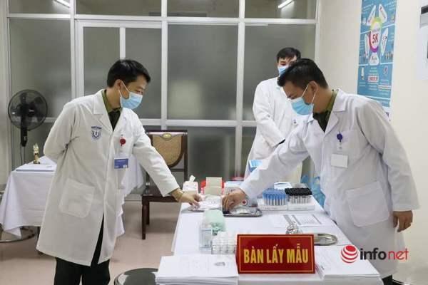 3 người Việt đầu tiên tiêm vắc xin Covid-19
