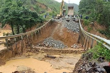 Khắc phục xong các tuyến đường giao thông bị hư hỏng sau mưa lũ