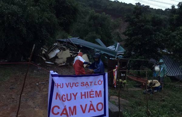 Đắk Lắk: Nhanh chóng giúp người dân ổn định cuộc sống sau mưa lũ